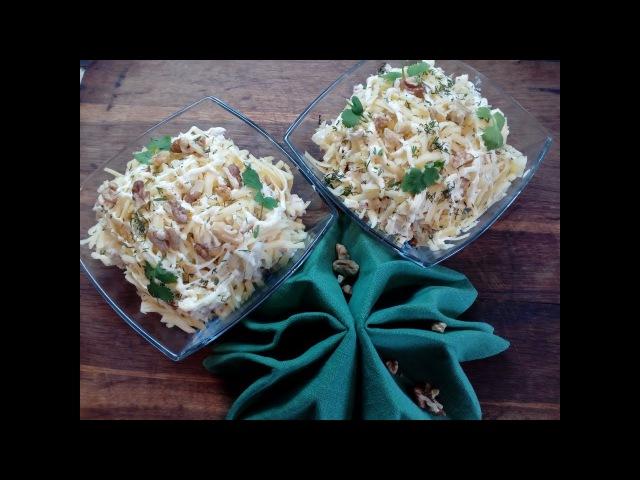 Салат с курицей ананасами и грибами за пять минут Салат рецепт Chicken salad