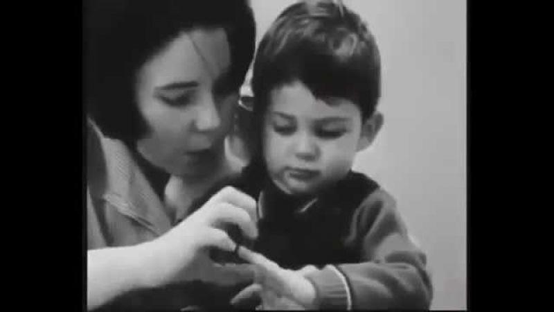 """""""Джон"""" 1969, документальный фильм Теория привязанности"""