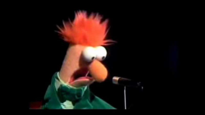 Beaker sings Happy Birthday Danielino Macchiato