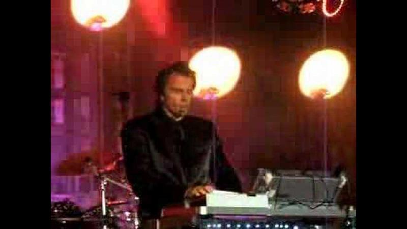 Tempted - Great closeups May 31 08 NYC Duran Duran
