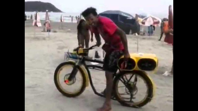 Fio Maravilha da FlaVk cortando o giro em Praia Grande