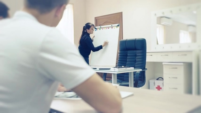 ИДЕАЛЬНЫЕ БРОВИ ♥ Наша особая группа мастеров-бровистов в Учебном центре «Студия стиля KODI»