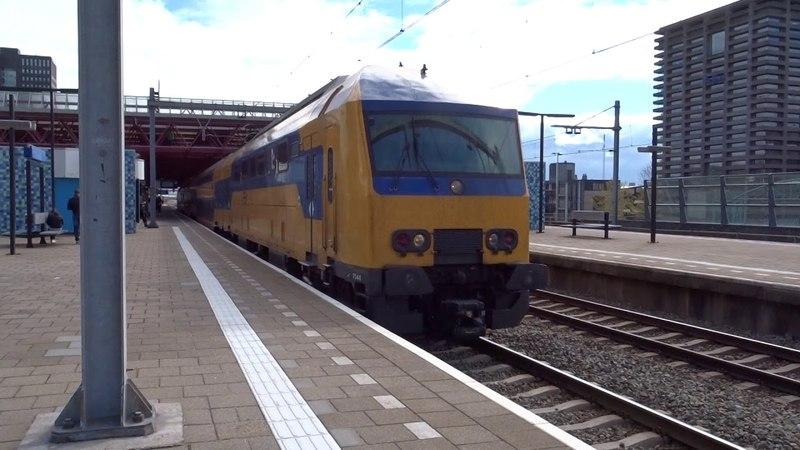 DDZ vertrekt vanuit Station Almere Centrum!
