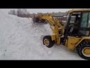 Мурманск зимний 2018. Катя рассекает на погрузчике