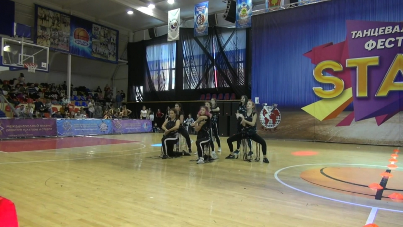 STAGE 5.11.2017 jazz-funk STOMP Dance School