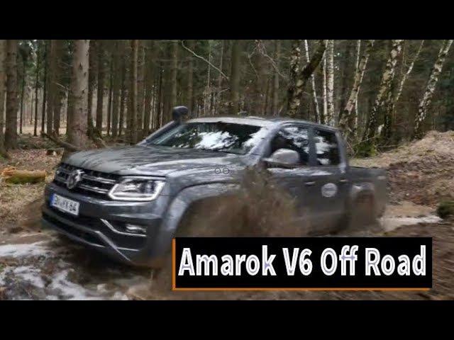 2017 Volkswagen Amarok 3.0 TDI V6 Off Road action