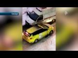 Агрессивный таксист в Самаре не пропустил машину скорой помощи