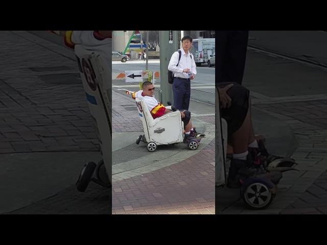 Homem do futuro é flagrado nas ruas dos Estados Unidos