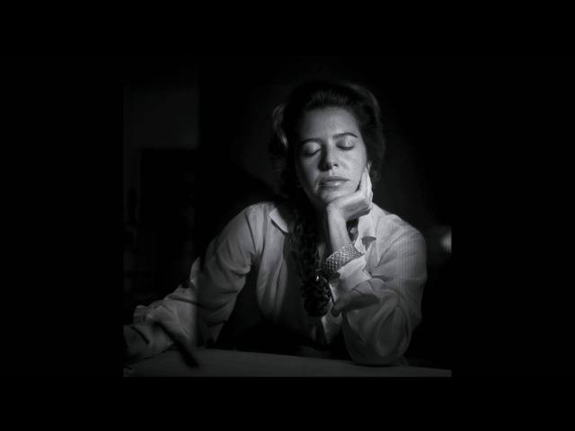 Alcoólicas, poema de Hilda Hilst na voz de penélope martins