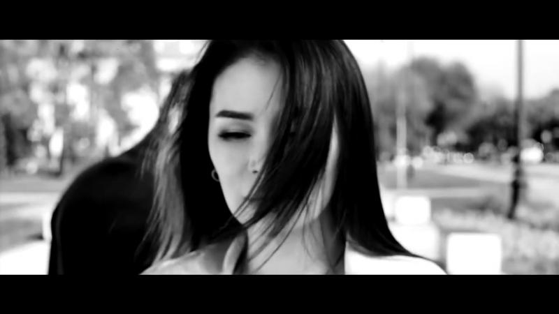 Айкерім Қалаубаевa Нұрлан Әлімжанов - Екеуміздің әніміз неге бөлек?[KZ][SHOWTV]