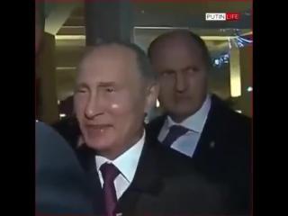 Очень подозрительный охранник Путина