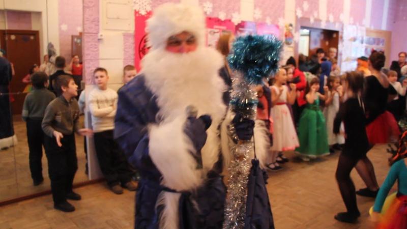 MVI_2705 Отрывок из новогодней массовки!