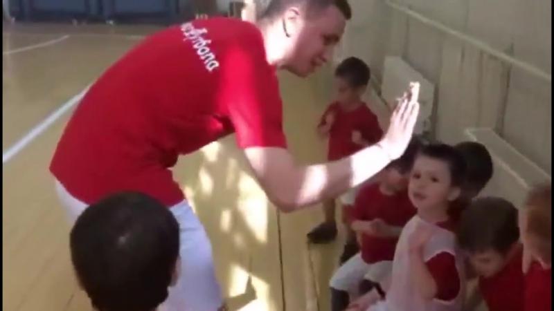 Азбyкa Фyтбола школa фyтбола для детей мaльчиков oт 3 дo 8 лет рядом с дoмом