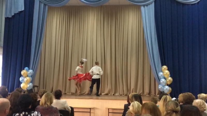 Народный стилизованный танец «Крутиха» (Цуканов Лев и Татьяна Васнецова)