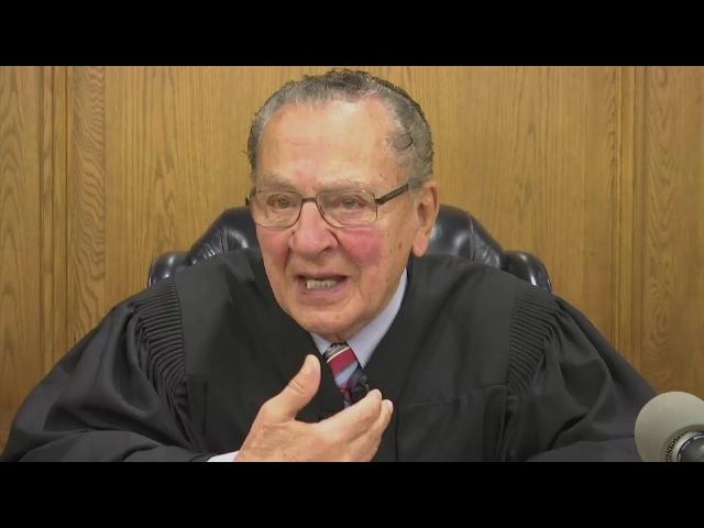 Kind-hearted Judge becomes viral sensation