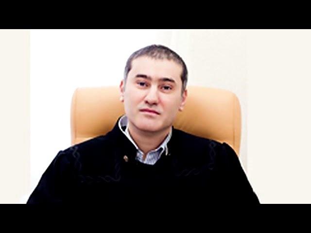 В неудобную позу не поставите : судья, прославившийся матерными криками на заседании, уволился » Freewka.com - Смотреть онлайн в хорощем качестве
