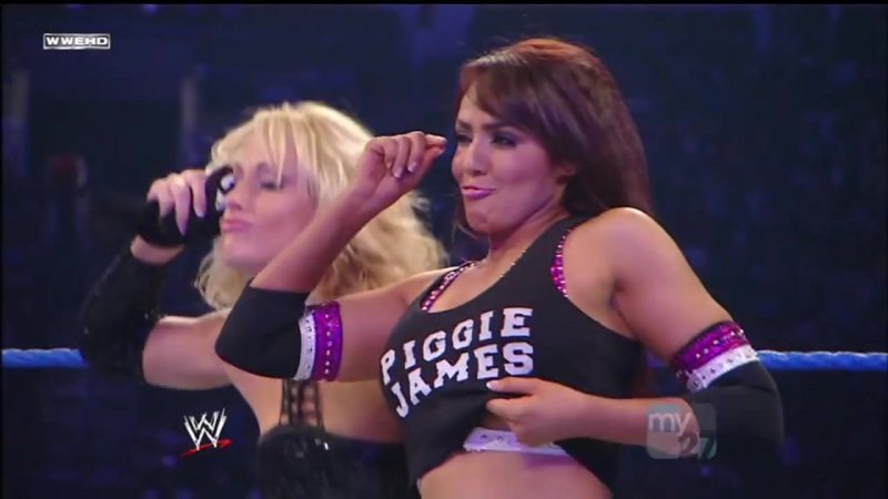 Smackdown 121109 Michelle McCool Layla vs. Maria Mickie James