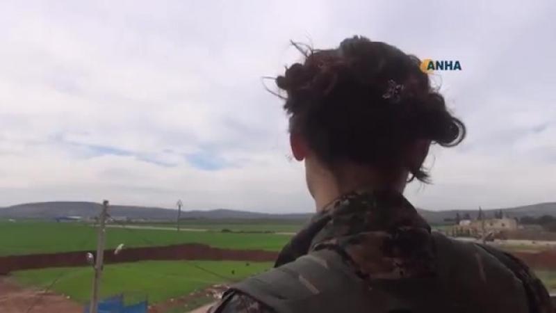 YPG/J иностранный доброволец борется против вторжения турок и джихада в Afrin.