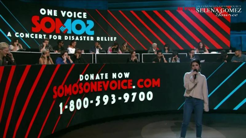 Объявляет выступление Рики Мартина на благотворительном концерте «One Voice: Somos Live!», Лос-Анджелес (14 октября 2017)