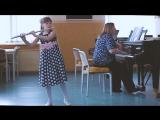Калинина Алина, 9 лет. ДШИ г. Великий Устюг. К.В.Глюк. Мелодия