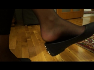 Reinforced toe light black pantyhose