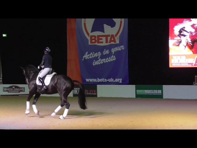 Charlotte Dujardin Your Horse Live 2017 En Vogue Part 2