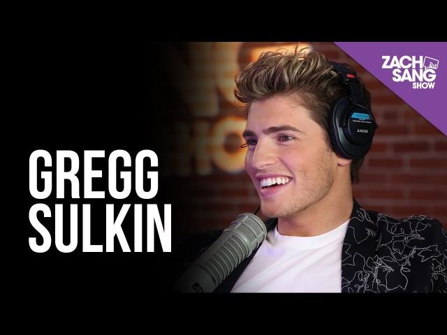 Gregg Sulkin Talks Runaways, Wizards of Waverly Place and Bella Thorne