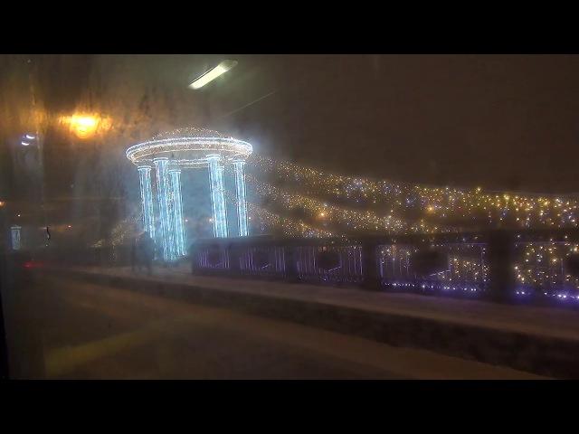 Нева из окна троллейбуса - Дворцовая набережная, Дворцовый мост. Без комментария