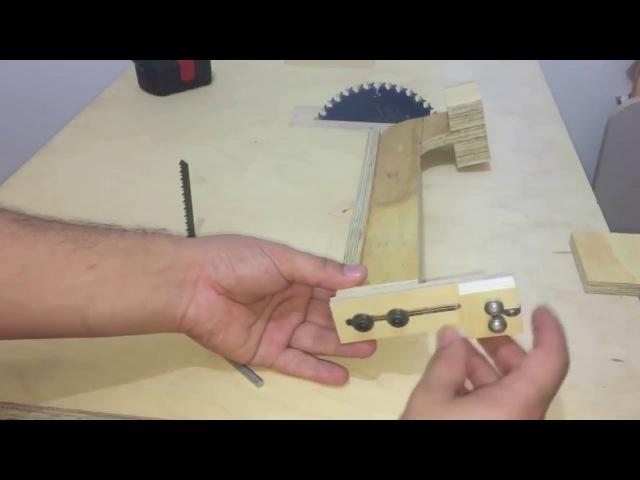 Инструмент своими руками 4 в 1 Манометр, направляющая лезвия и поперечные салазки.