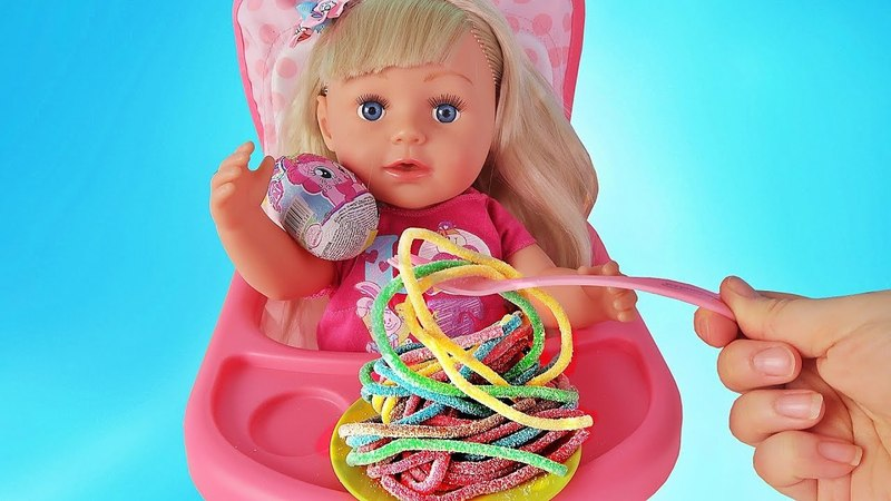 Куклы Пупсики Беби Бон Настя кушает сюрприз Май Литл Пони/Pretend Play with Baby Born Doll/ЗырикиТВ