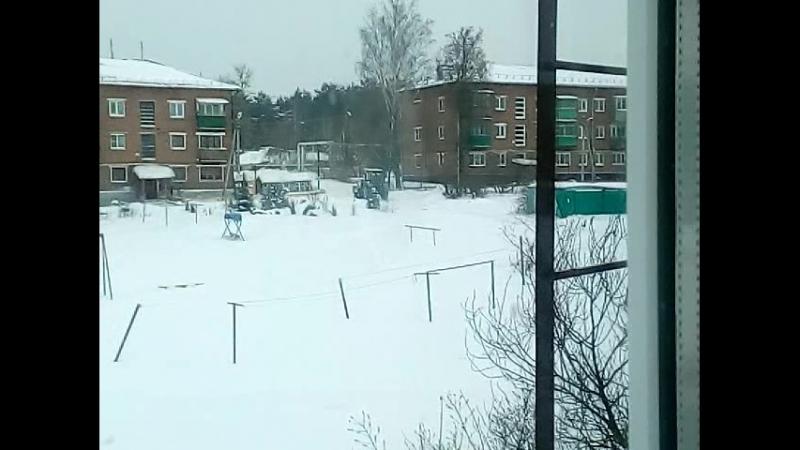 МТЗ-82.1 с КУН на уборке снега