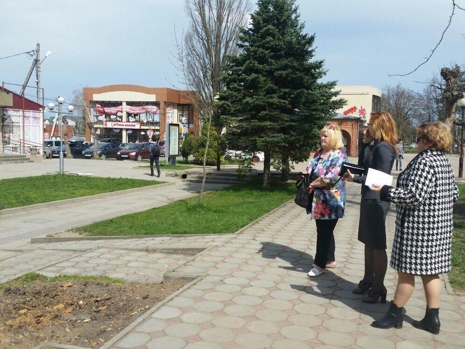 Приезжала Ефремова Светлана Андреевна- администрация Краснодарского края- департамент внутренней политики.
