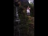 Песня у водопада