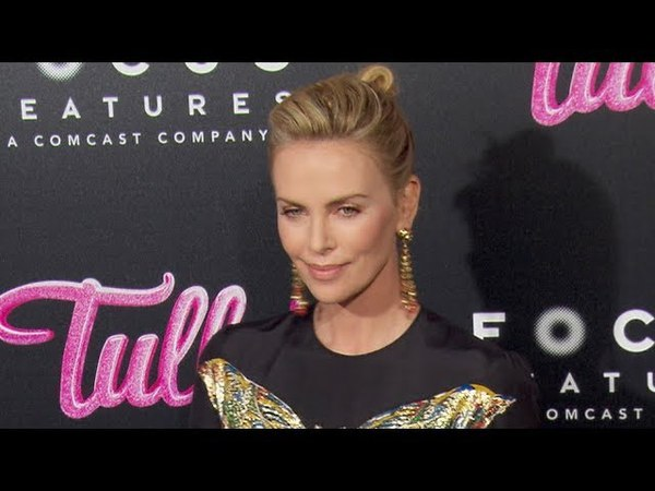 Charlize Theron Mackenzie Davis at the Tully Premiere