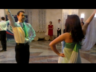 """Учителя и учащиеся пайгусовской сош-танец """"венгерка"""". выступление на осеннем педагогическом бале совета молодых педагогов рмэ."""