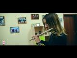 Красноярка сыграла на флейте мелодию из самой популярной игры 90-х