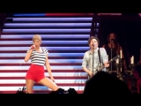 Taylor Swift &amp Patrick Stump - My Songs Know What You Did In The Dark (Light Em Up) (Live on The Red Tour 2013, East Rutherford)