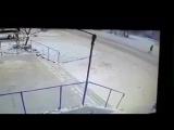 В Усть-Каменогорске парень бросился под колеса