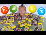 BAD KIDS WITH CANDY M&ampM's Johny Johny Yes Papa Nursery Rhymes Song &amp Learn Colors for Children