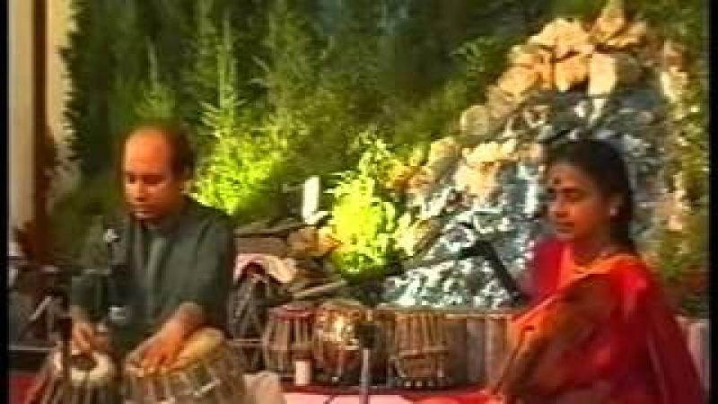 Thumak Chalat Ramchandra (Dr Rajam Pt Banerjee) Shri Mataji Birthday 1998 (Sahaja Yoga) Lord Rama