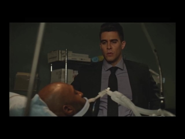 Arrow S05E16 Prometheus attacks Lt Pike