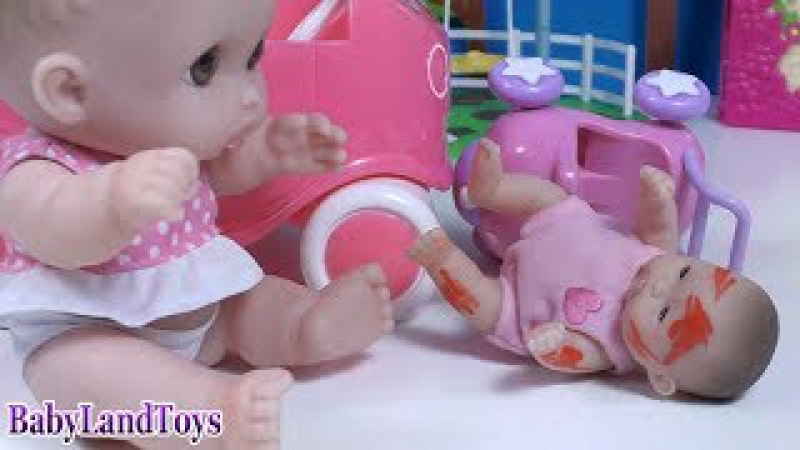 Куклы Пупсики Саша на Машинке Сбила Малышку 💉ИГРАЕМ В ДОКТОРА ❤♥❤ BLT TV