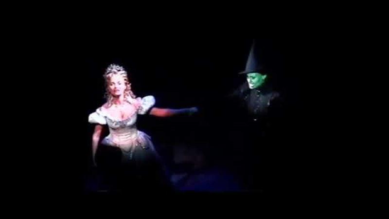 For Good Melting Scene (Idina Menzel Kristin Chenoweth - Wicked - Broadway - 2004/07/19)