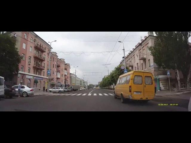 Макеевка 2017-06: Даки – Центр