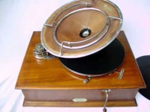 1920 Pathé Frères Diffusor Phonograph playing 1916 Pathé record