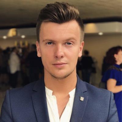 Илья Котов