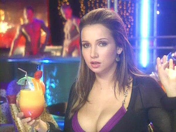 Секс с Анфисой Чеховой, 3 сезон, 8 серия. Половая принадлежность