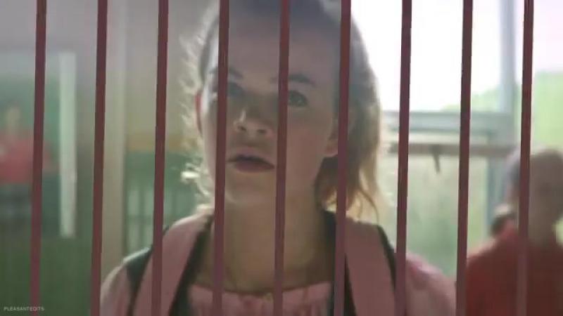 Greta x stanley uris | it [ vine ]
