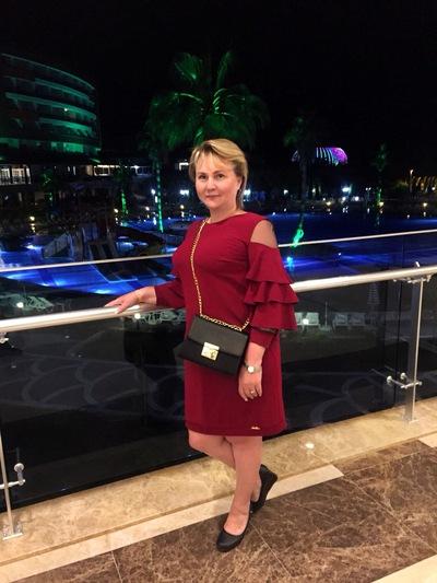 Елена Сердюкова