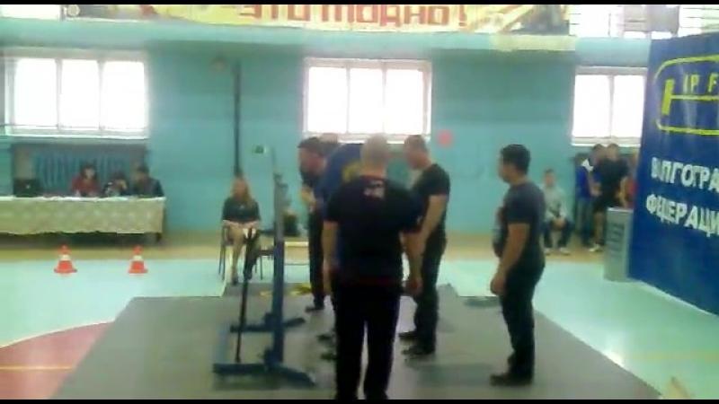 Виталик 125 кг присед